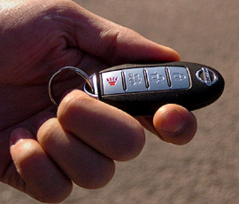 Infiniti / Nissan Ignition key fob Remote Replacement